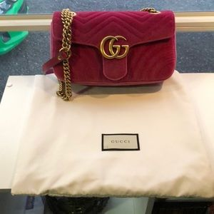 Gucci Velvet Small Marmont in Pink